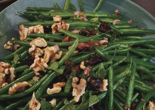 Green_beans_with_toasted_walnuts_and_dried_cherry_vinaigrette_h