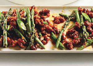 Baspicy_pork_with_asparagus_and_chile_h