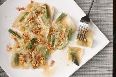 Ravioli w asparagus3