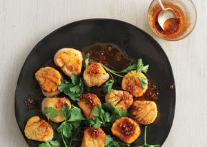 Scallops with spice oil ba