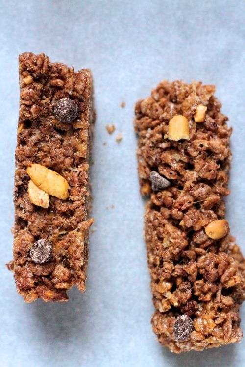 Chocolate peanut snack bars2