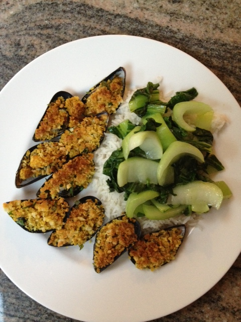 FW_Mussels on the Half Shell with Curried Crumbs