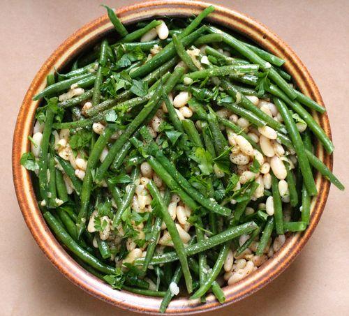 Haricot verts w white beans