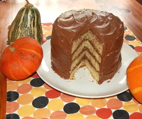 Bon Appetit Sour Cream Cake Cut