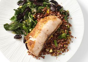 Bared-quinoa-with-pistachios-646