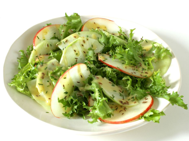 Kohlrabi apple salad with caraway