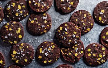 Chocolate-pistachio-sables-940x600