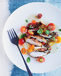 Grilled chicken with asian marinated tomatoes FW