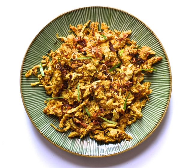 Grilled Chicken and Toasted Coconut Salad