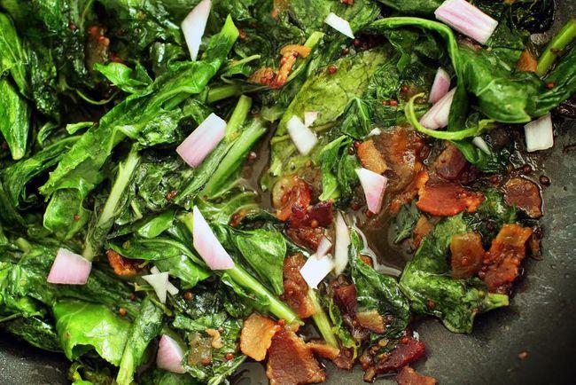 Kilt greens bacon jam ouita