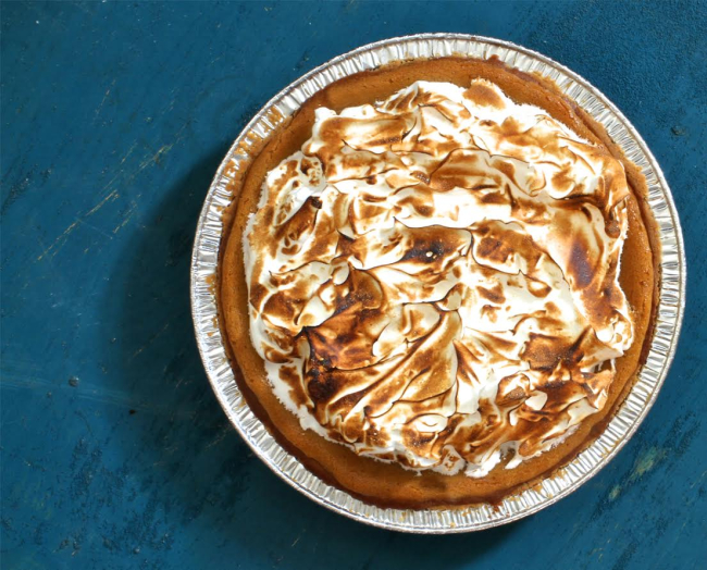 Chestnut meringue pie