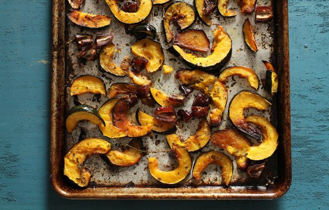 Roasted Acorn Squash with Dates and Thyme