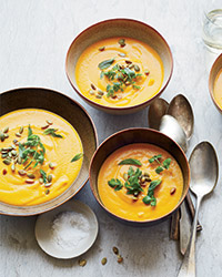 Curried carrot apple soup