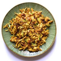 Grilled Chicken and Toasted Coconut Salad sq